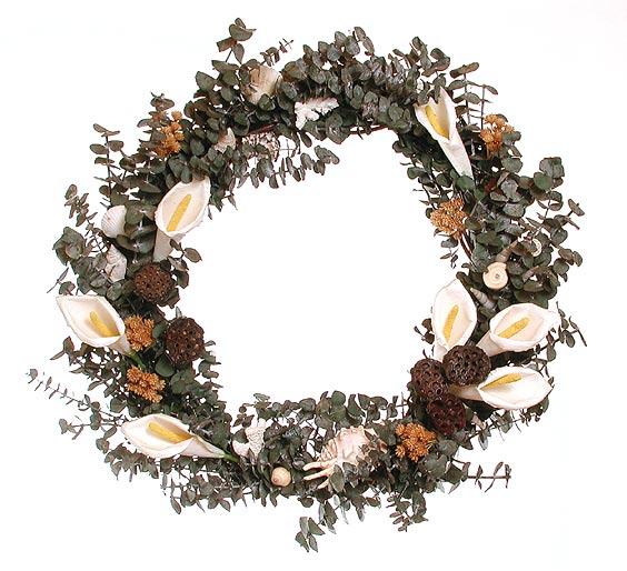 طريقـة تجفيف الأزهار والورود Wreath_calla_lg